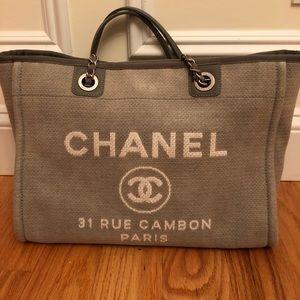 Chanel deauville medium tote grey canvas